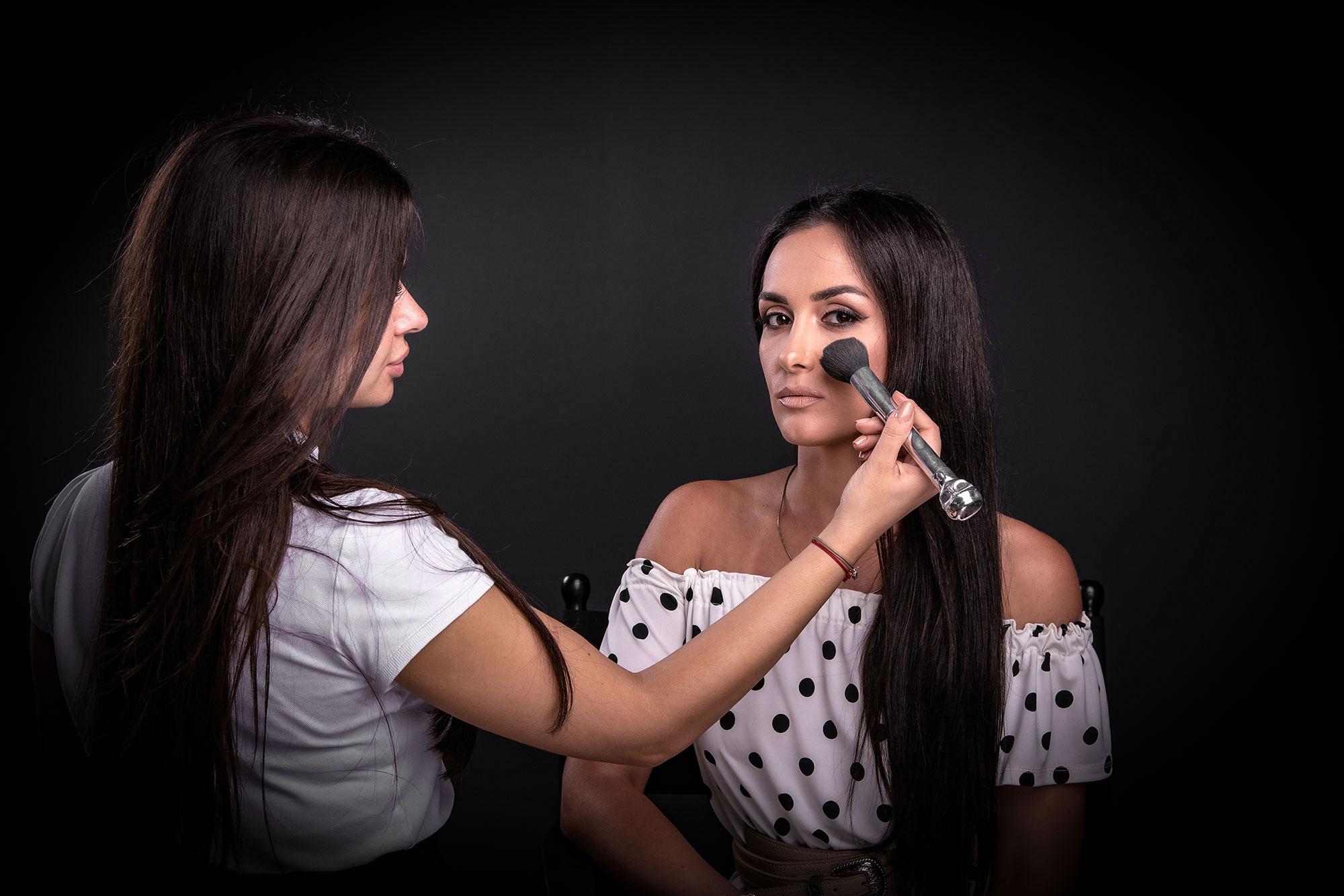 Kako napraviti dnevni make up look? – 16.10.2021.
